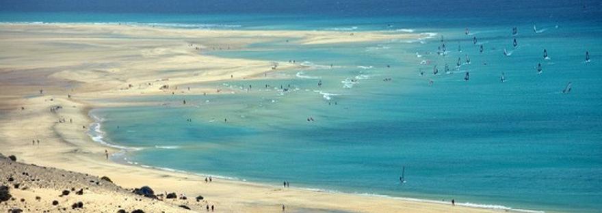 The 5 warmest winter sun destinations in spain seeking for Top winter sun destinations