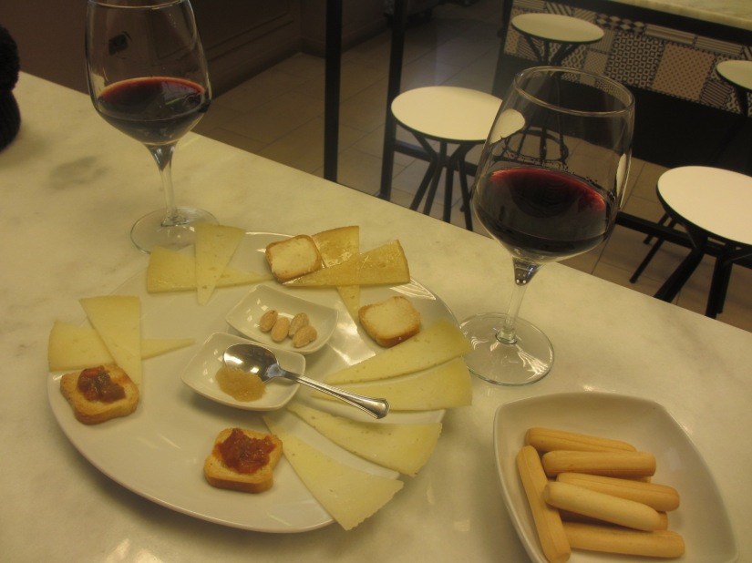 Toledo cheese and wine